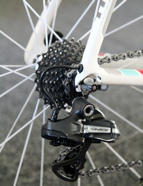 We've seen the RadioShack Leopard team use steel derailleur hangers in the past but this appears to be a standard aluminum one