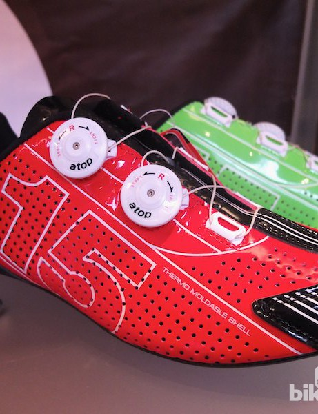Top of the line is the bold ZS15RC, with double Atop closures and a full carbon sole to save weight and improve performance