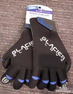 The Premium Waterproof Gloves offer the benefits of the Perfect Curve and Super G, for total protection