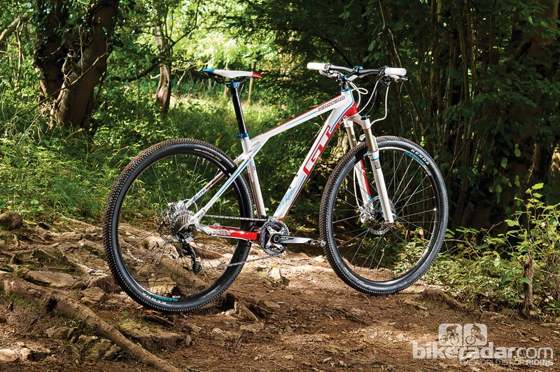 The Elite tops the three alloy-frame 9R tree. The range also includes two carbon hardtails and a carbon full-susser