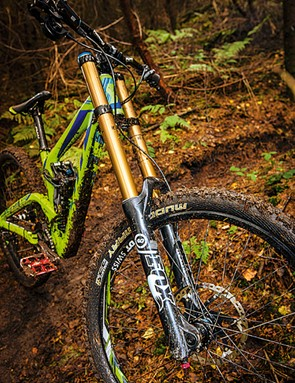 The Kashima-coated Fox 40 fork proved to be a dependable performer