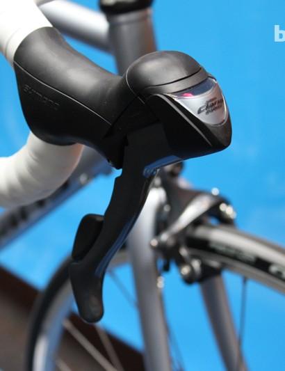 Shimano Claris ST-2400 dual control shifter