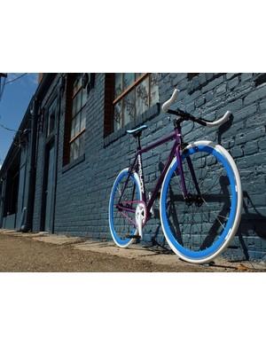 Big Shot Bikes sells custom fixies for $429