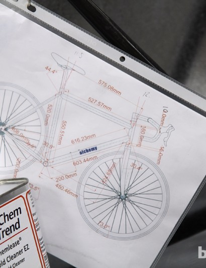This drawing outlines the geometry of a frame but lay-up schedules remain closely guarded secrets