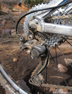 The clutch-equipped Shimano Deore XT Shadow Plus rear derailleur keeps things smooth and quiet, and improves chain security up front