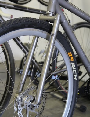 Dean produces its own titanium and titanium-and-carbon forks, too