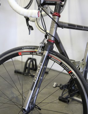 This road fork features Exogrid legs and an aluminum crown that's machined in-house