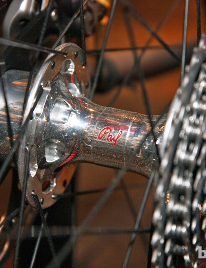 Phil Wood hubs are used front and rear