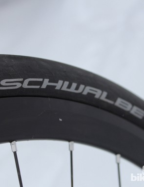 Fat Schwalbe slicks wrap the commuter bike