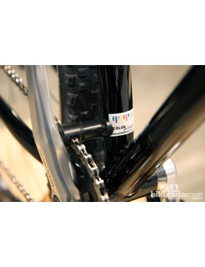 The custom machined Delrin chain guide is attached to a dedicated braze-on on the seat tube