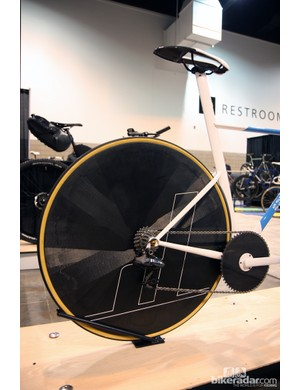 The rear end is equipped with Dash Cycles' new 770g carbon fiber disc wheel