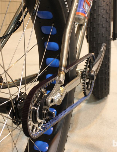 Fat bikes and belt drive seem to go together