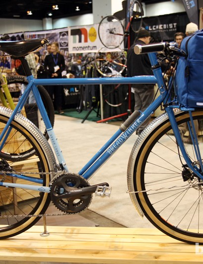 Got errands to run? The Breadwinner Arbor Lodge is ready to go with a giant front rack, a built-in lock, fenders, and dynamo lights. Sorry, the bag isn't included