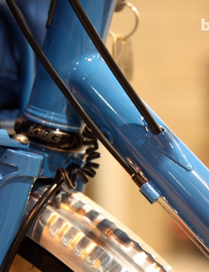 Internal wiring and rear brake hose routing on the Breadwinner Arbor Lodge