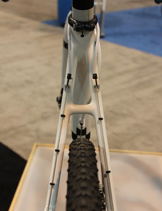 …and a more compliant rear to take the edge off rutted cyclocross courses