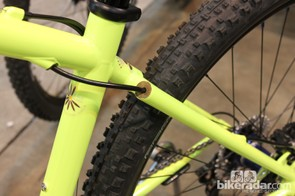 Sycip's signature five-piece chainstays with internal routing for the rear brake
