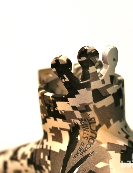 Hydrographics for the crown