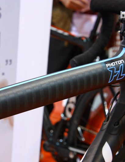 One of the key features of the new Guru Photon HL are these strips of alternating-modulus carbon fiber, which Guru's Phil Pinsky describes as