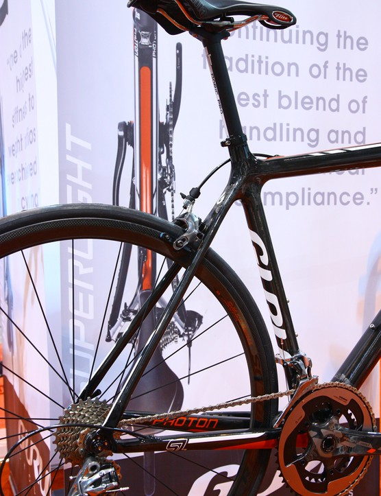 The new Guru Photon SL (pictured) and HL both use standard 27.2mm seatposts
