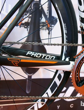 Chain stays are bigger on the Guru Photon R, too