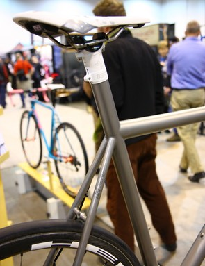 Mosaic often uses integrated seatposts