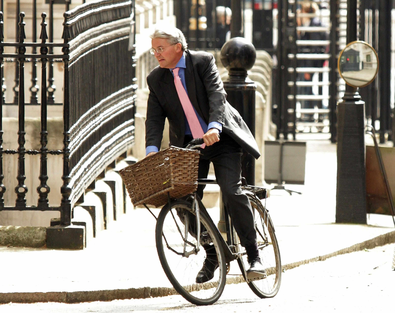 Mitchell rumoured to be auctioning his bike