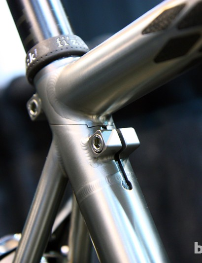 Holland's modified Ritchey Break-Away seat cluster design is keyed for easier assembly