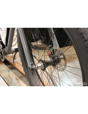 Front and rear spacing is 170mm, with two rear Fatback hubs that can be swapped if needed