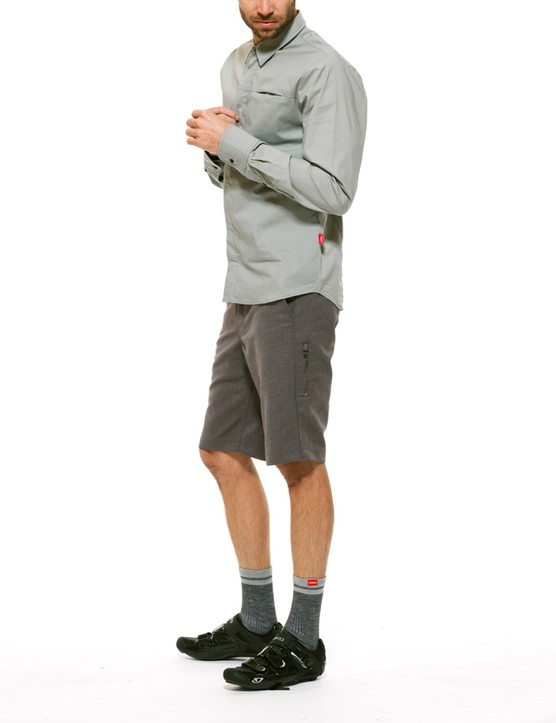 Shorts, short- and longsleeve tops and jackets round out the collection