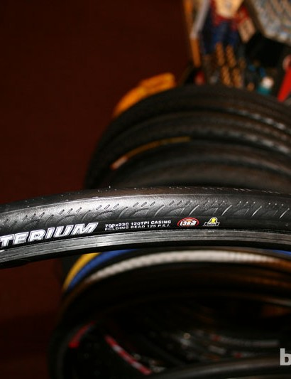 The Kriterium tyre's tall profile should keep it nice and fast.