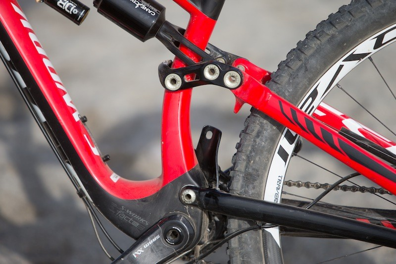 From the non-drive side you can see the Taco Blade front derailleur mount and bent seat tube that allowed Specialzied to keep the rear end as short as possible