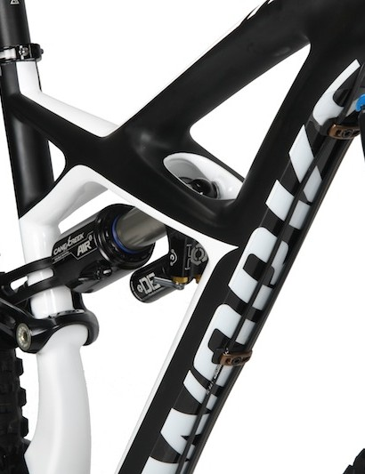 The Enduro 29 has same 'X-Wing' frame design as the 26in version