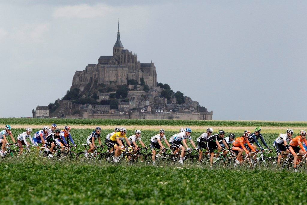 Mont Saint Michel will host the arrival of the TT on stage 11