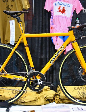 New from Gaulzetti Cicle is the Cabrón cyclocross race bike, TIG-welded with the same Dedacciai 7000-series aluminum tubing as the road-going Corsa but with adjusted geometry and disc brakes front and rear