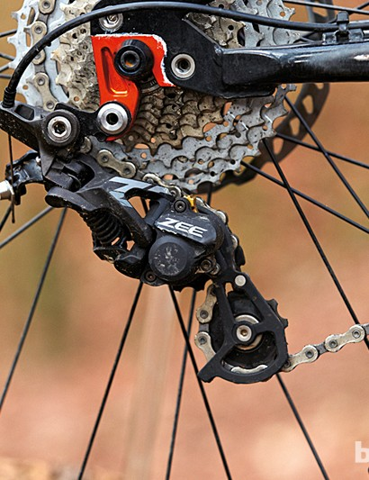 The Shimano Zee mech features a clutch stabiliser, which helps reduce chain slap