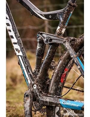The adjustable Fox Climb Trail Descend shock provides plenty of control