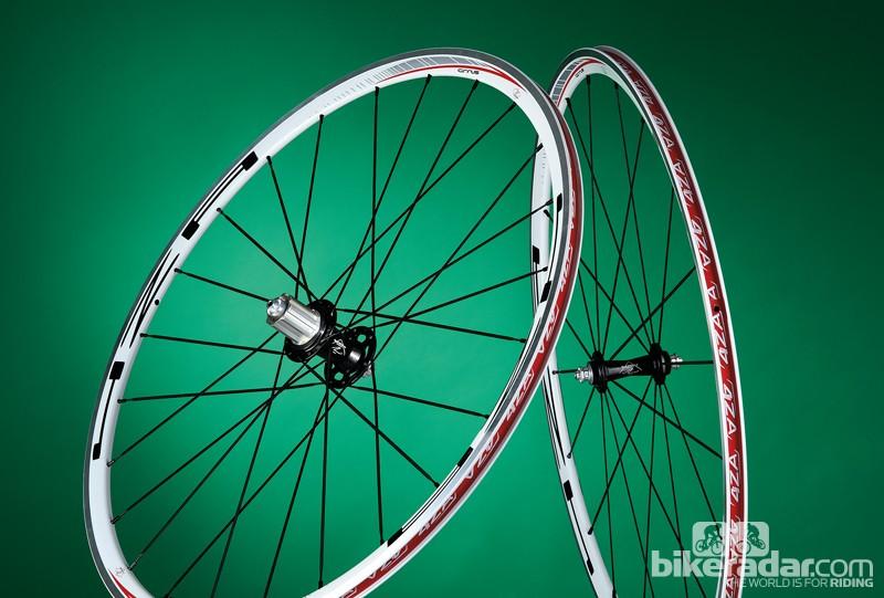 4ZA Cirrus road wheelset