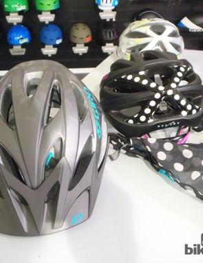 The Xara helmet mirrors the Xar