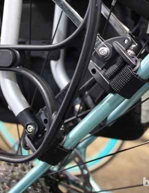 Mount detailing for the Thule Tour rack