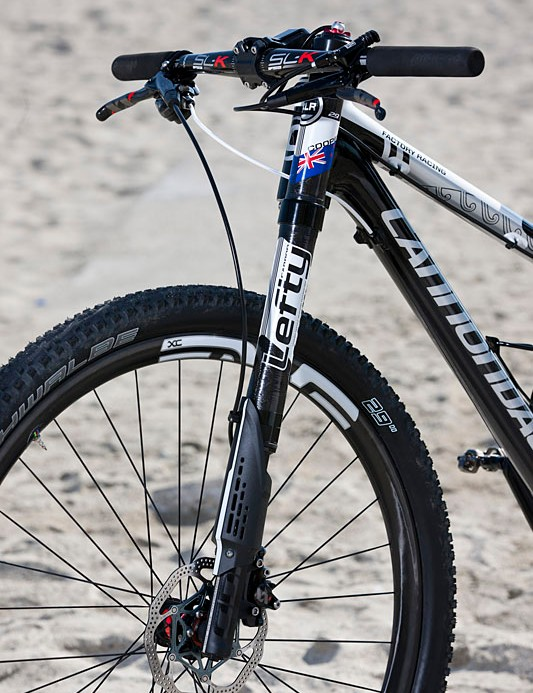 A look at the lower leg of the Lefty XLR Hybrid fork