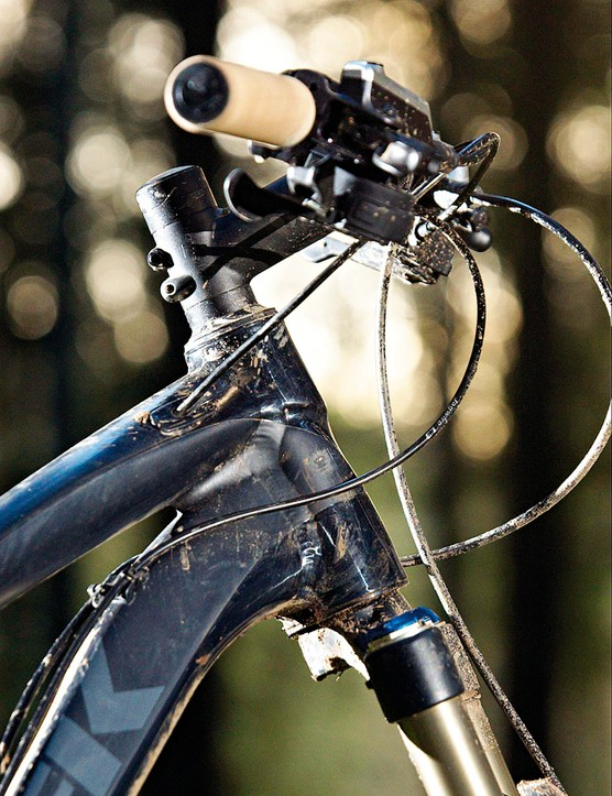 The tapered head tube provides extra stiffness up front