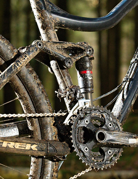 Fox shock matches  the fork for travel  and adjustability