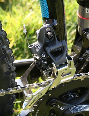 The Gravir gets a direct mount front derailleur