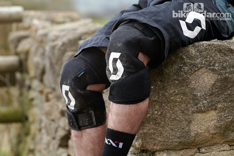 Scott Tactic knee pads