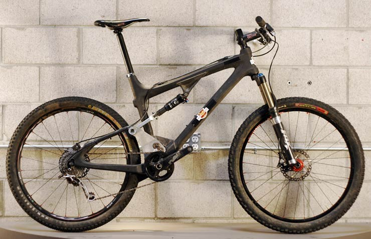 The original Ripley test mule had 26in wheels and used the front triangle off the company's Tranny hardtail frame