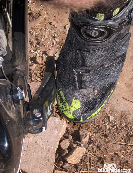 In some crank positions, the toe box of our US tester's shoe would hit the crank arm and prevent him reaching a big enough angle for pedal release