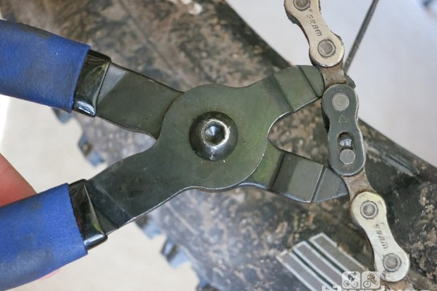 SRAM PowerLocks do their job well, and can require a bit of help to pry them loose