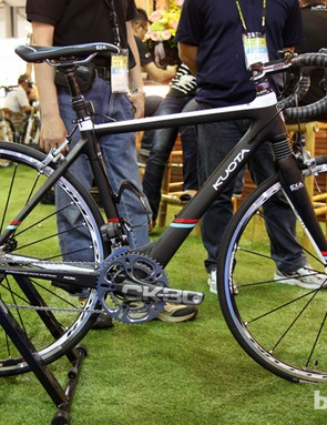 KS displayed the prototype LEV Carbon on this front-suspended Kuota