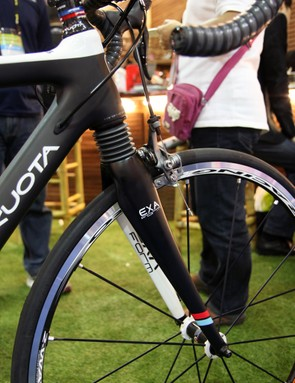 Kuota's front suspension design features a head tube-based system similar to Cannondale's HeadShok