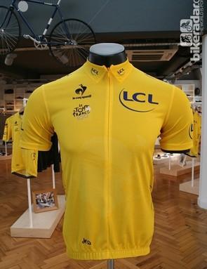The 2013 Tour de France maillot jaune